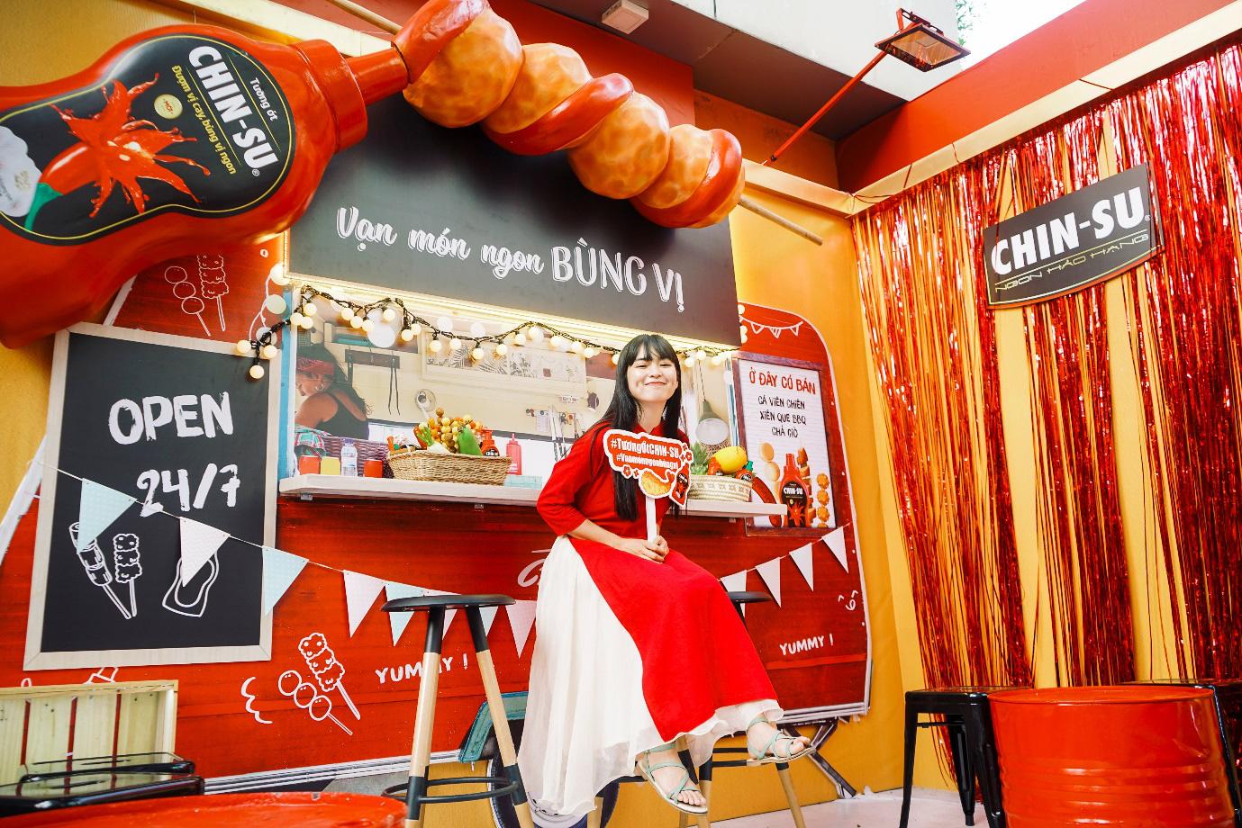Xuýt xoa với loạt ảnh hot girl Mắt Biếc check-in với các siêu phẩm siêu to khổng lồ tại Góc Phố Xuân 2020 - Ảnh 8.