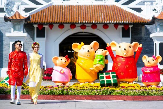 Hàng ngàn du khách tới check in lễ hội hoa tại Sun World Danang Wonders - Ảnh 2.