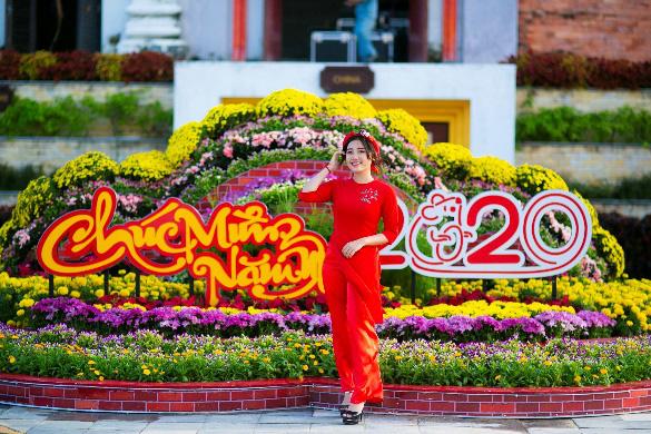 Hàng ngàn du khách tới check in lễ hội hoa tại Sun World Danang Wonders - Ảnh 3.