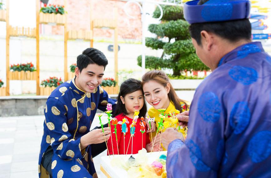 Hàng ngàn du khách tới check in lễ hội hoa tại Sun World Danang Wonders - Ảnh 4.