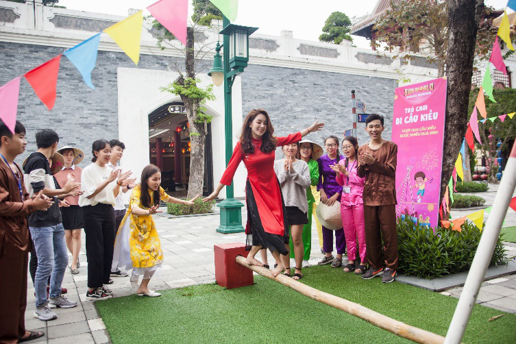Hàng ngàn du khách tới check in lễ hội hoa tại Sun World Danang Wonders - Ảnh 7.
