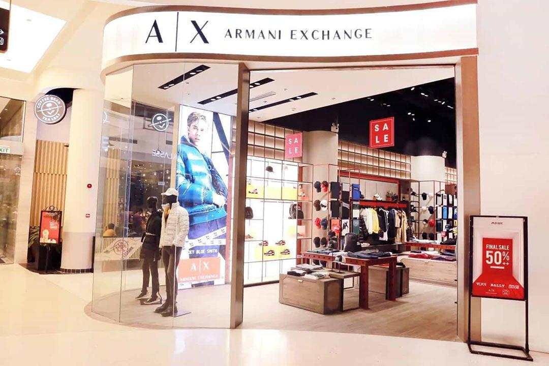 Quang Vinh, Quỳnh Anh Shyn, Song Luân hội tụ tại Crescent Mall đón chào khai trương của 5 ông lớn thời trang thế giới - Ảnh 2.