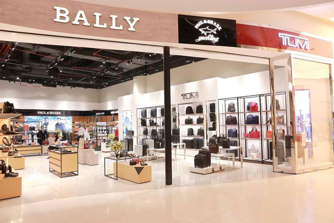 Quang Vinh, Quỳnh Anh Shyn, Song Luân hội tụ tại Crescent Mall đón chào khai trương của 5 ông lớn thời trang thế giới - Ảnh 3.