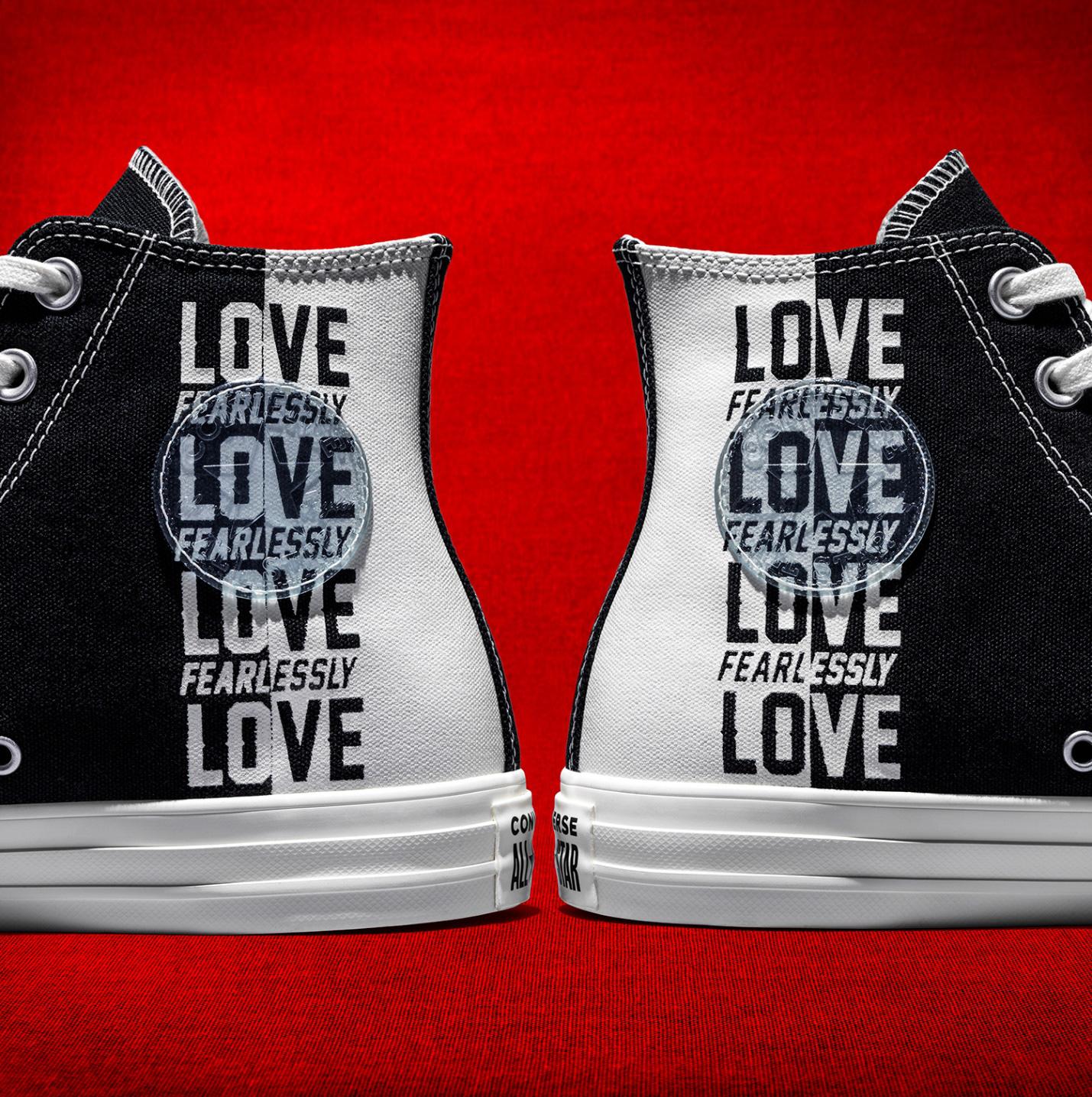 """Converse cho ra mắt BST được thiết kế từ thông điệp hợp thời 4.0 """"Love Yourself First"""" - Ảnh 2."""
