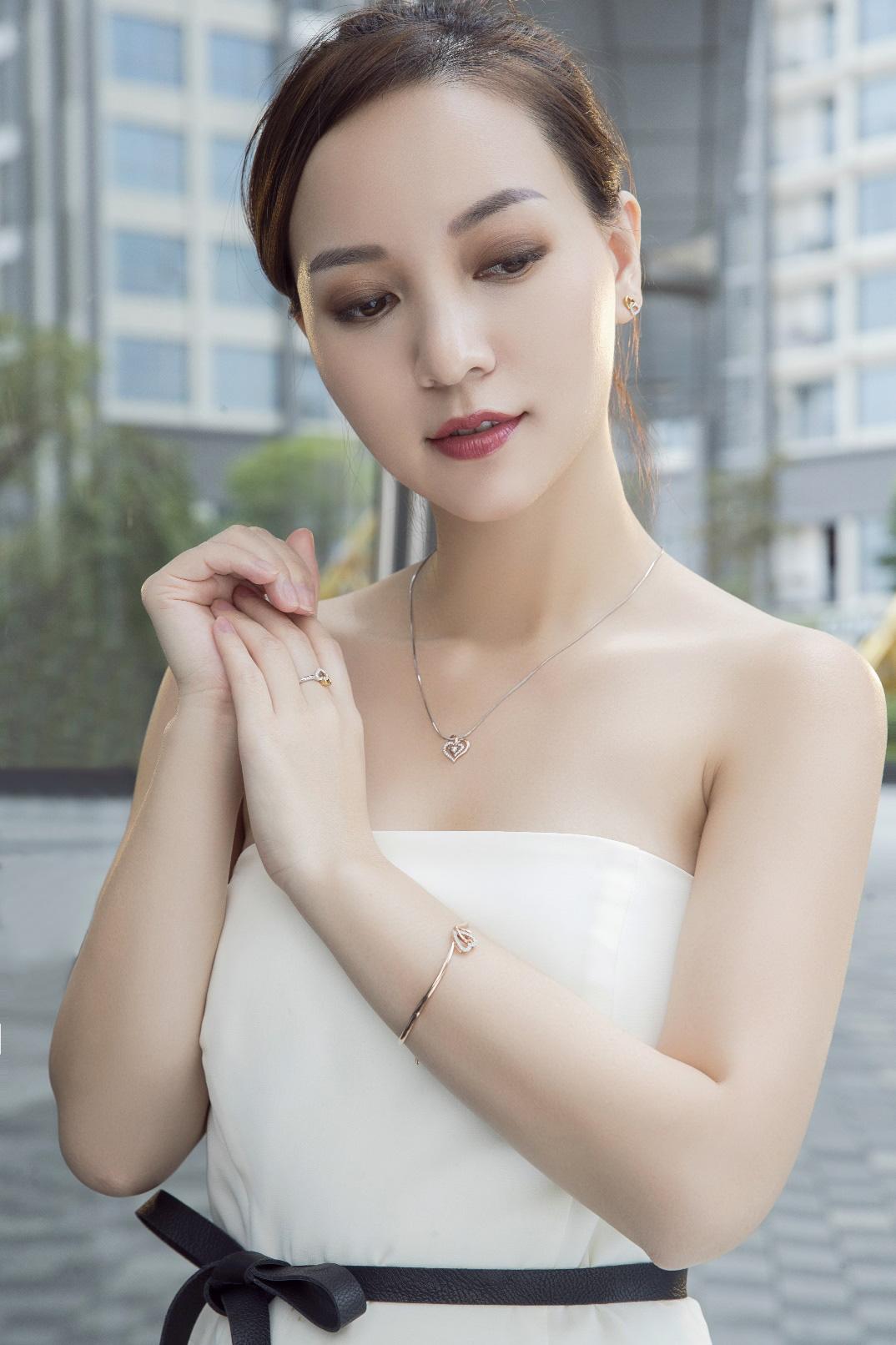 Prima Fine Jewelry giới thiệu sản phẩm vàng 18K và kim cương cho phái đẹp - Ảnh 3.