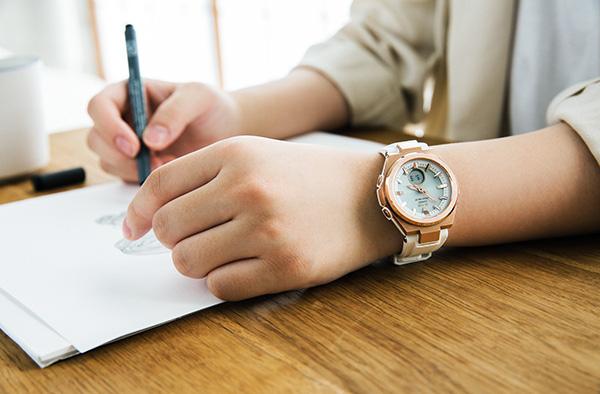 """Đồng hồ Casio cho cô gái """"trưởng thành"""": Mix theo phong cách đường phố hay quý cô đều cực """"chất"""" - Ảnh 5."""
