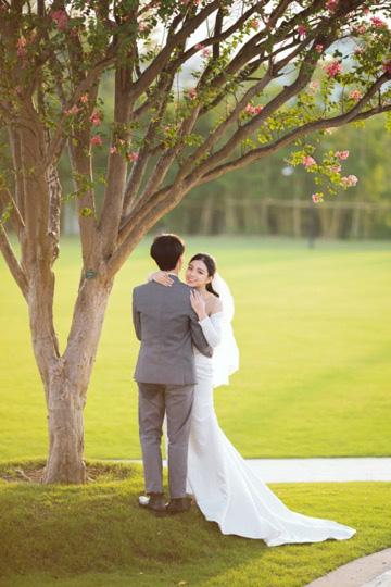 Ngất ngây bộ ảnh cưới đẹp như mơ tại vườn Nhật Bản Vinhomes Smart City - Ảnh 7.