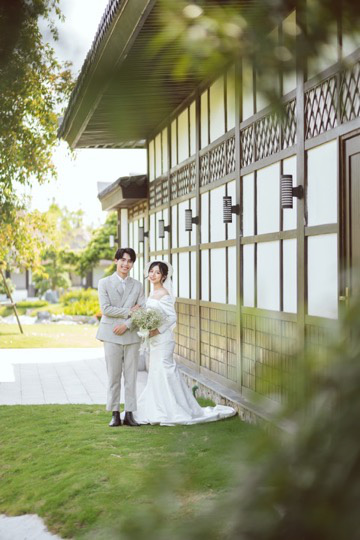 Ngất ngây bộ ảnh cưới đẹp như mơ tại vườn Nhật Bản Vinhomes Smart City - Ảnh 8.