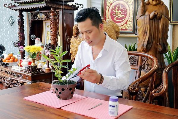 Trương Tấn Lợi - ông chủ 8X mở vườn lan từ đam mê - Ảnh 1.