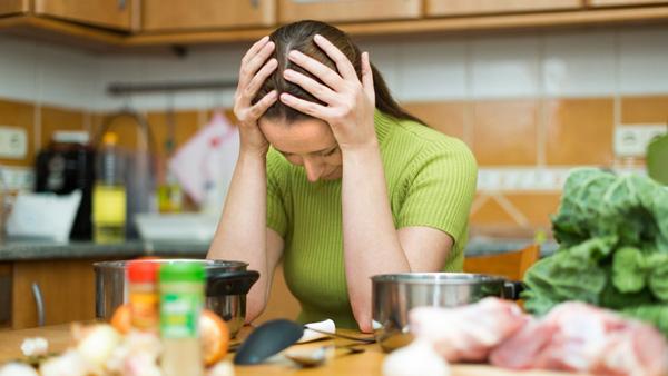 Mẹo giảm áp lực khi việc nhà gia tăng trong mùa Covid - Ảnh 1.