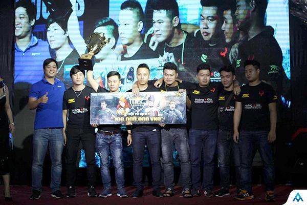 Hoàng Gia đăng quang MEC Season 1