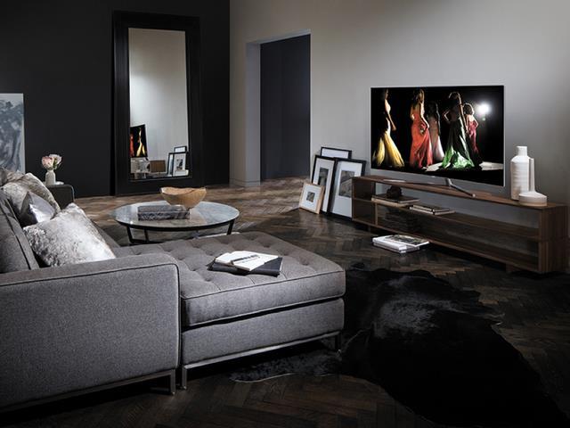 3 lời khuyên khi ra siêu thị điện máy mua TV - Ảnh 3.