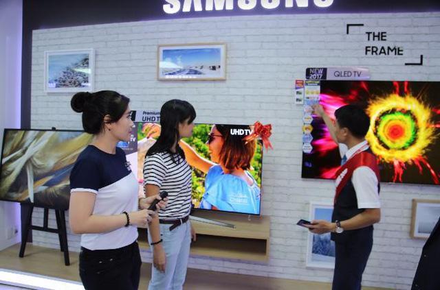 3 lời khuyên khi ra siêu thị điện máy mua TV - Ảnh 5.