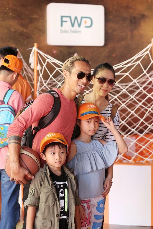 Gia đình sao Việt Phạm Anh Khoa, Hoa hậu Diễm Hương, Diễn viên Trịnh Kim Chi vui cùng ngày hội Con Vươn Xa - Ảnh 9.