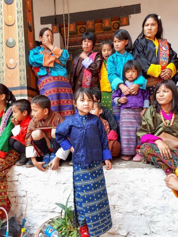Những khung cảnh thanh bình của quốc gia hạnh phúc nhất thế giới - Ảnh 4.