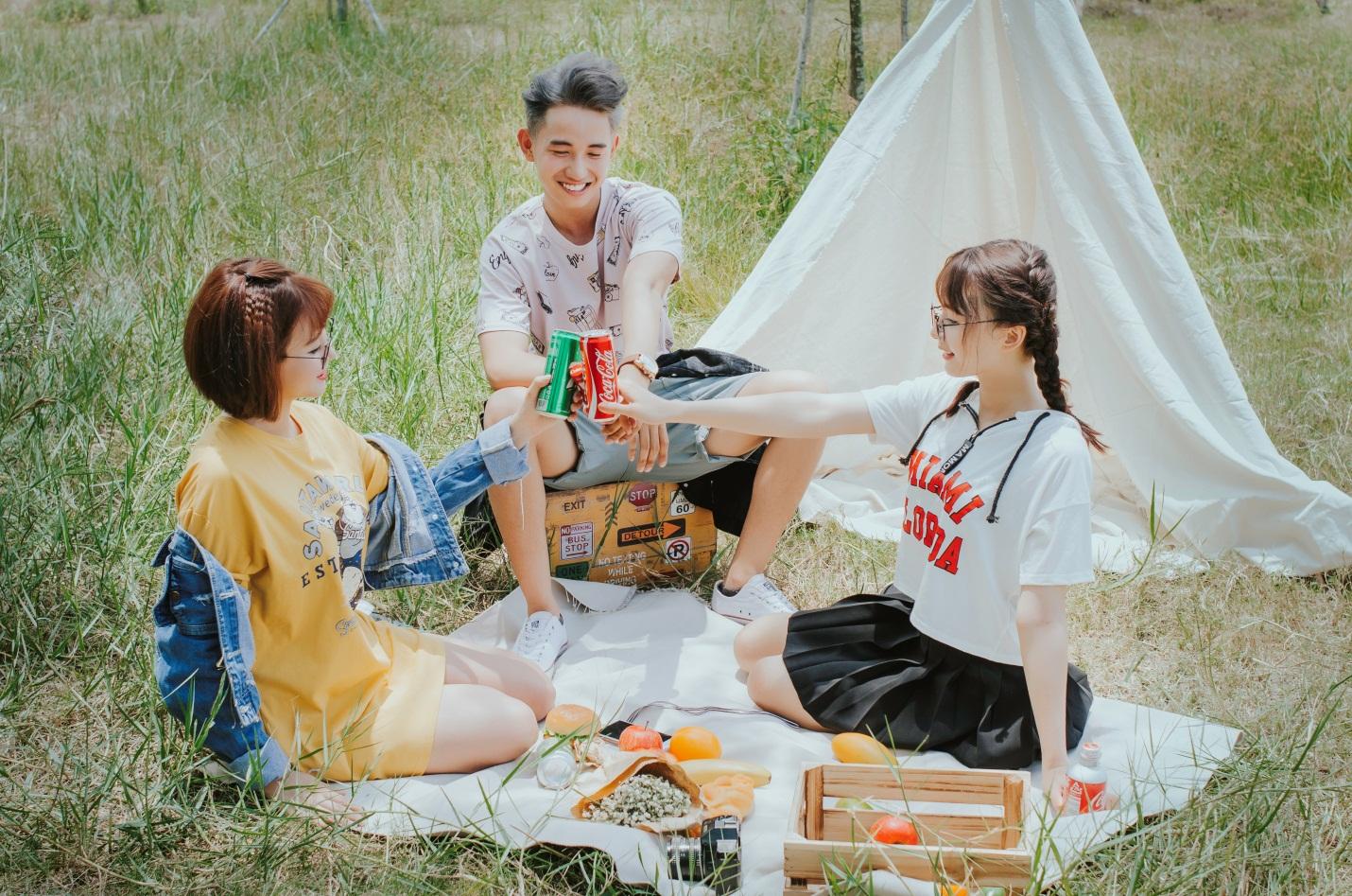 Kết quả hình ảnh cho trang phục đi picnic