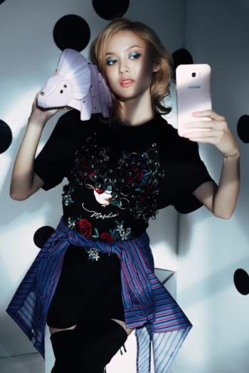 """Khám phá vật """"bất ly thân"""" của nàng mẫu Fung La - Ảnh 3."""