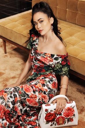 Mâu Thuỷ quyến rũ trong sắc màu nhiệt đới của Dolce & Gabbana - Ảnh 2.
