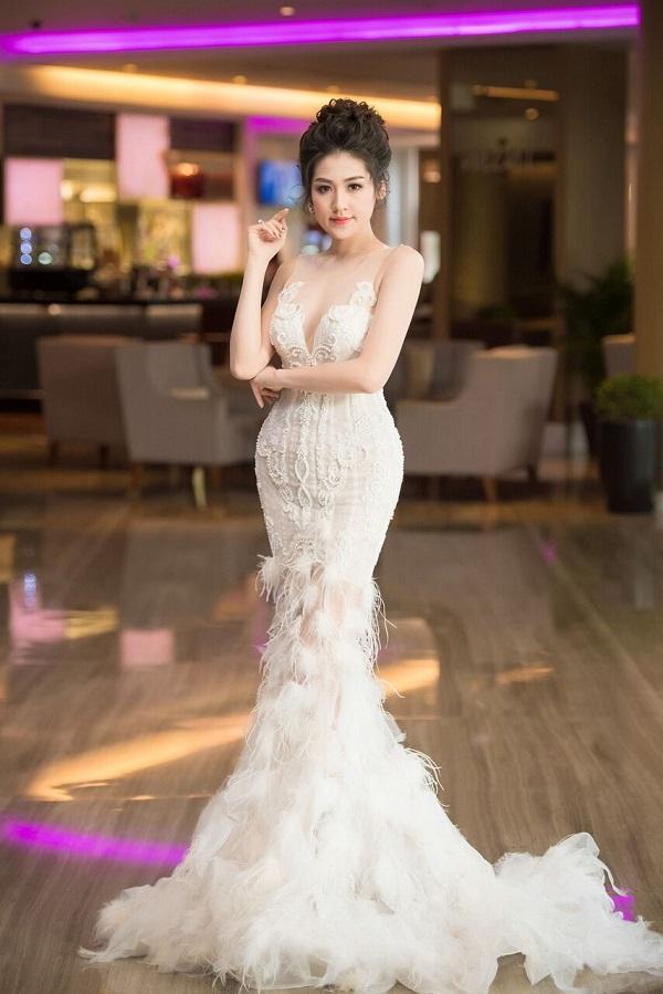 Dàn Hoa hậu, Á hậu Việt lộng lẫy khoe sắc tại sự kiện - Ảnh 4.