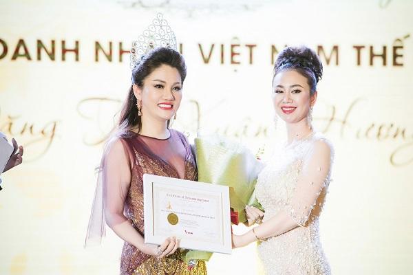 Dàn Hoa hậu, Á hậu Việt lộng lẫy khoe sắc tại sự kiện - Ảnh 9.