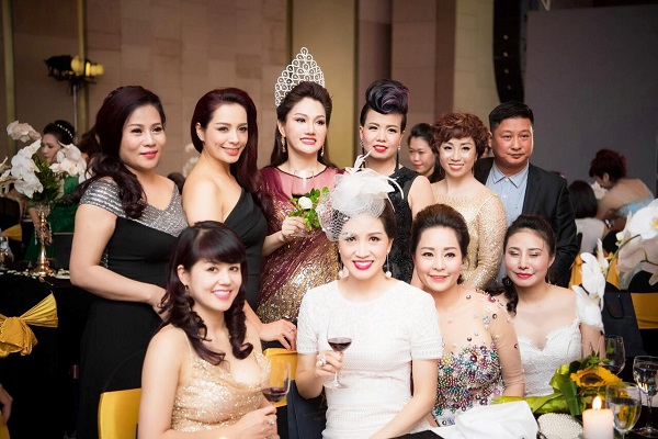 Dàn Hoa hậu, Á hậu Việt lộng lẫy khoe sắc tại sự kiện - Ảnh 10.