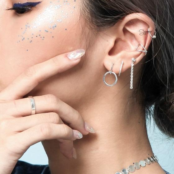 Nữ tính và lôi cuốn với phụ kiện trang sức bạc - Ảnh 3.
