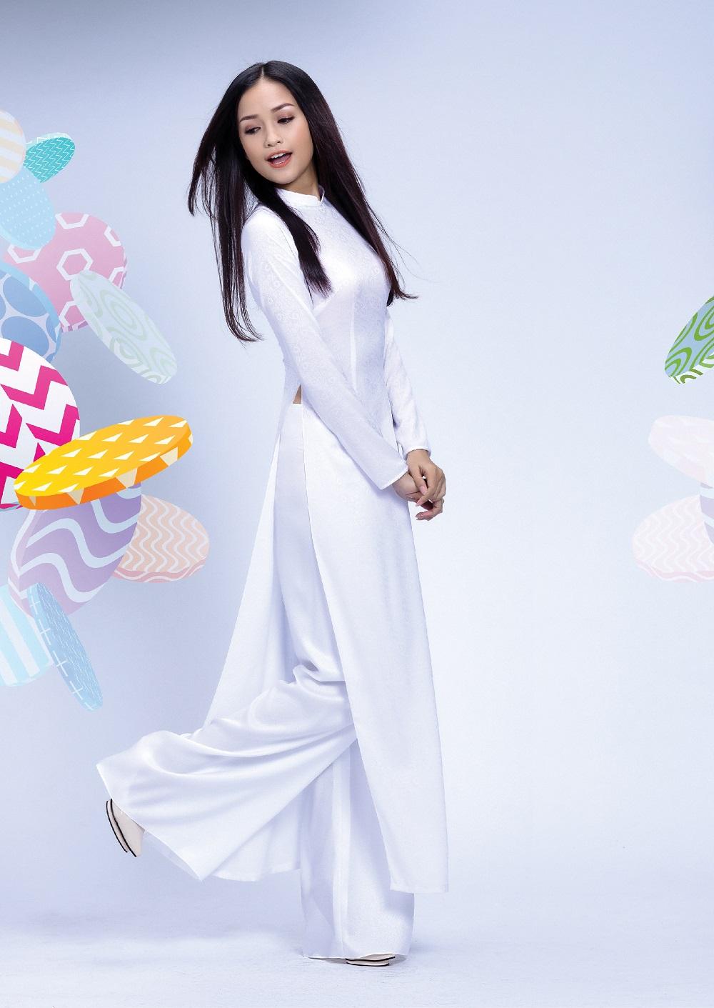 Đẹp tinh khôi với áo dài trắng lấy cảm hứng từ hội họa - Ảnh 1.