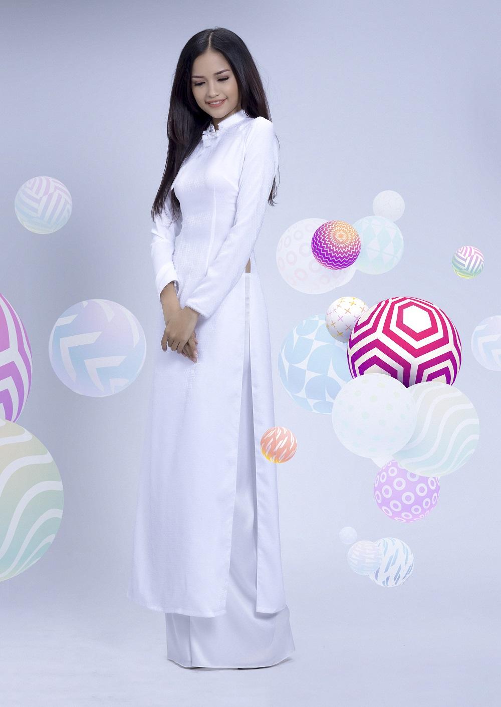Đẹp tinh khôi với áo dài trắng lấy cảm hứng từ hội họa - Ảnh 2.
