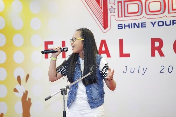 Miu Lê và Chi Pu cười sảng khoái trên ghế nóng V-Idols - Ảnh 5.