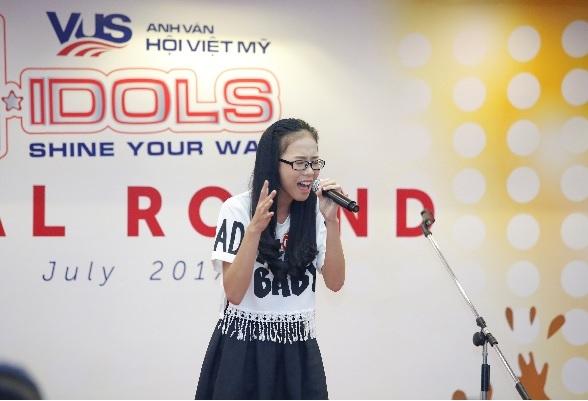 Miu Lê và Chi Pu cười sảng khoái trên ghế nóng V-Idols - Ảnh 6.