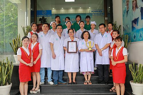 Khám bệnh với bác sĩ theo yêu cầu: Dịch vụ thiết thực tại phòng khám Thăng Long - Ảnh 1.