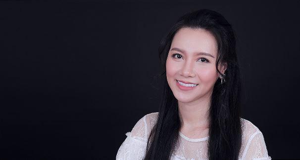 Không chỉ Đức Phúc, MC Minh Hà cũng có câu chuyện giấu kín về thẩm mỹ - Ảnh 2.