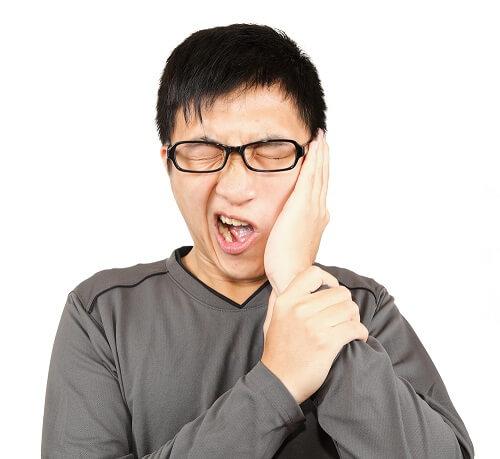 Các bệnh về răng miệng thường gặp và cách chăm sóc hiệu quả tại nhà - Ảnh 1.