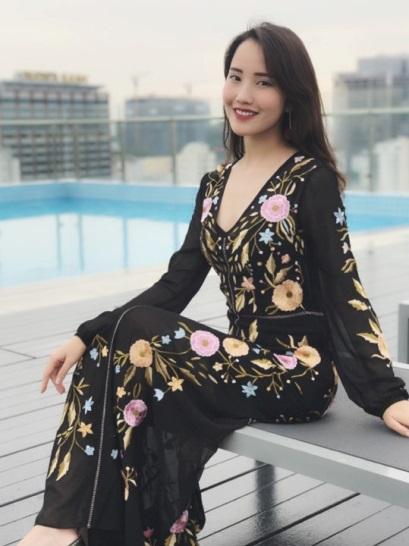 Những chiếc đầm dạ tiệc mà hot girl Việt chấp nhận mặc đụng hàng - Ảnh 5.