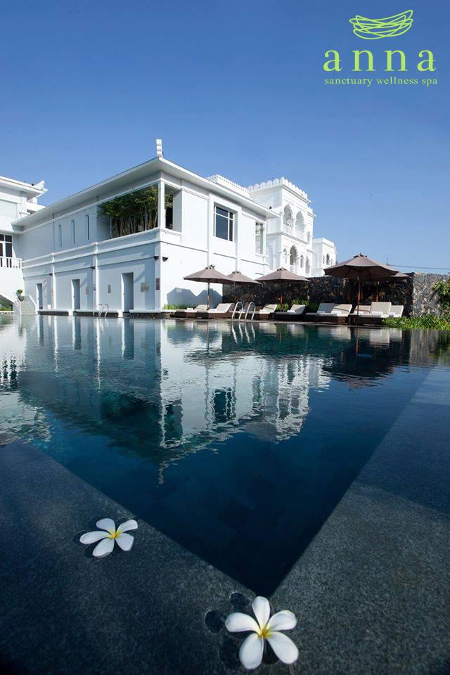Bỏng mắt với hồ bơi sang chảnh được giới trẻ Sài Gòn cực thích - Ảnh 2.