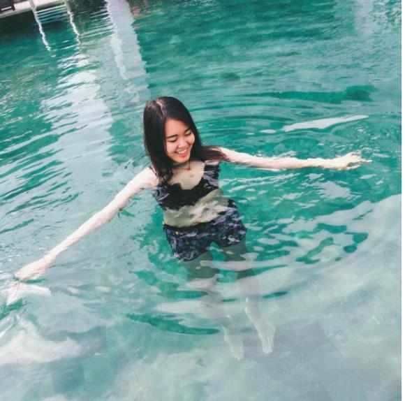 Bỏng mắt với hồ bơi sang chảnh được giới trẻ Sài Gòn cực thích - Ảnh 4.