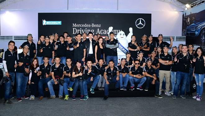 Học viện Lái xe an toàn Mercedes-Benz 2016