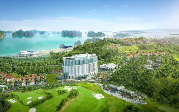 Khách sạn mang đậm phong cách châu Âu sang trọng với các góc nhìn mở rộng hướng vịnh.