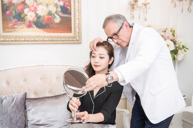 Hoa hậu Jennifer Phạm luôn tin tưởng Beauty Medi là nơi chăm sóc sắc đẹp và giữ gìn vóc dáng. Đây cũng là bí quyết giúp bà mẹ 3 con luôn giữ được vẻ ngoài hoàn hảo trước công chúng.