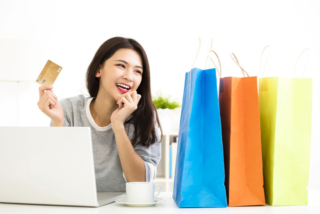 Khi mua sắm tại các đối tác của Ngân hàng Shinhan, khách hàng có thể tích lũy đến 5% giá trị thanh toán.