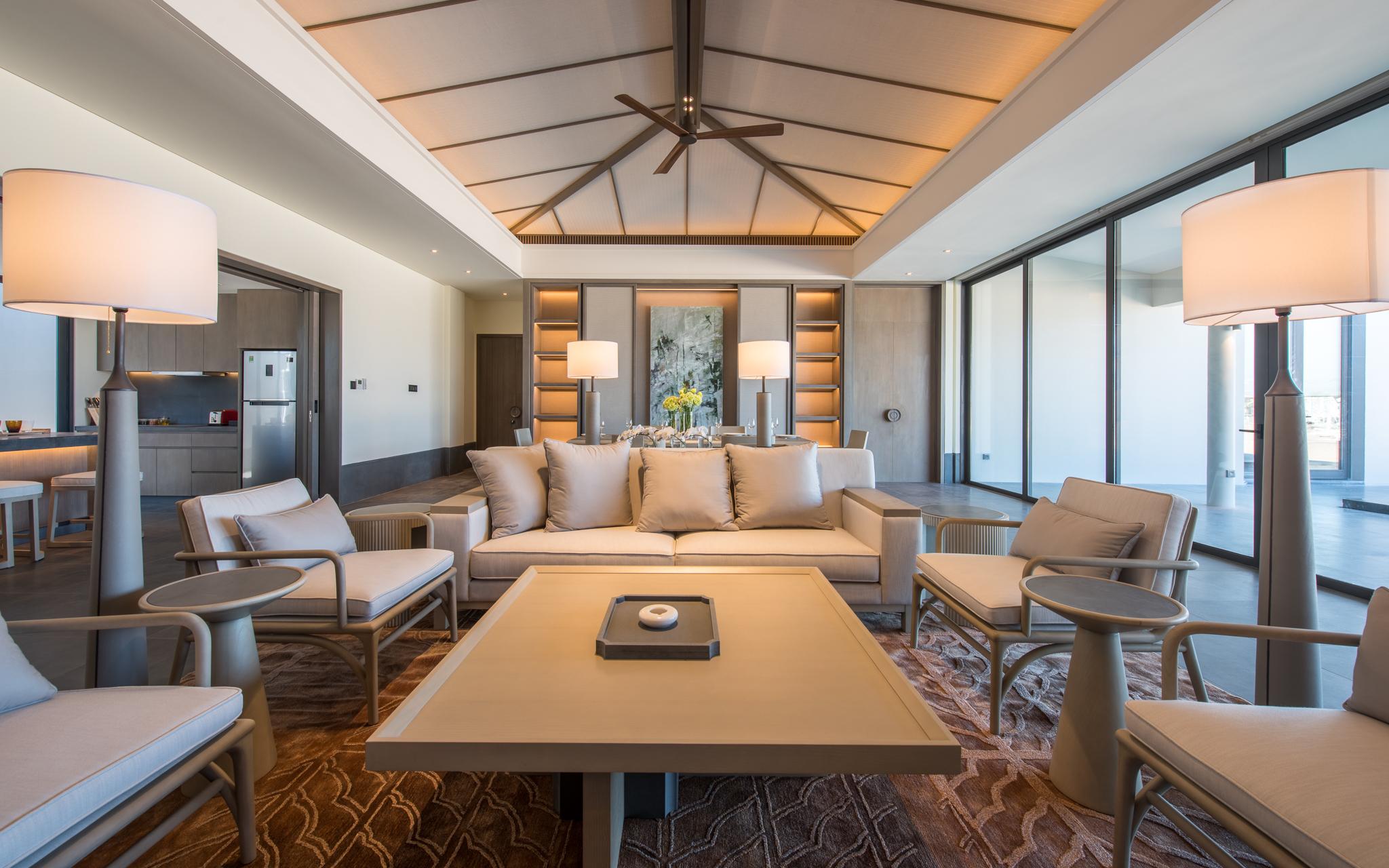 Không chỉ là lựa chọn nghỉ dưỡng hạng sang lý tưởng, Regent Residences Phu Quoc còn mang đến cho nhà đầu tư tiềm năng phát triển vượt trội với chính sách cam kết lợi nhuận không thấp hơn 9%/năm trong 9 năm và chia sẻ doanh thu đến 40%.