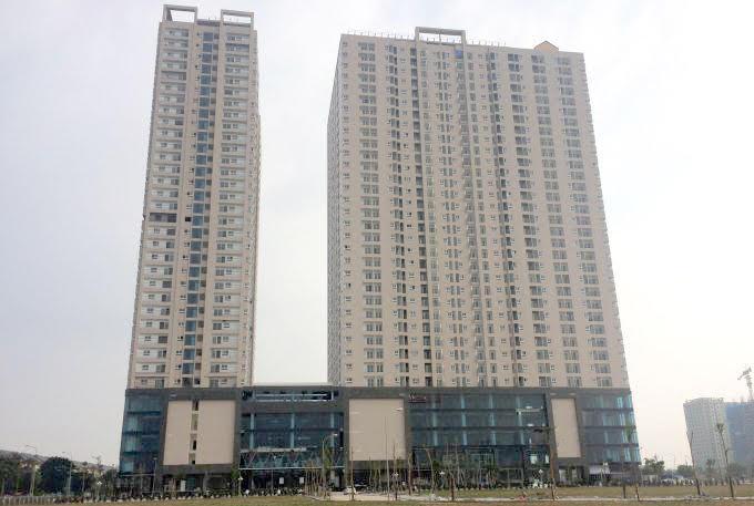 Gemek Tower với 2 tòa tháp cao 34 tầng đã bàn giao nhà 2016.