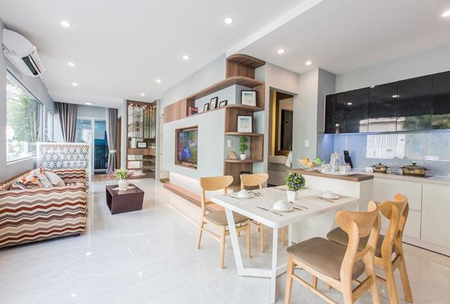 """Hé lộ thiết kế phòng khách đầy tính """"Art"""" C.T Plaza Nguyên Hồng."""