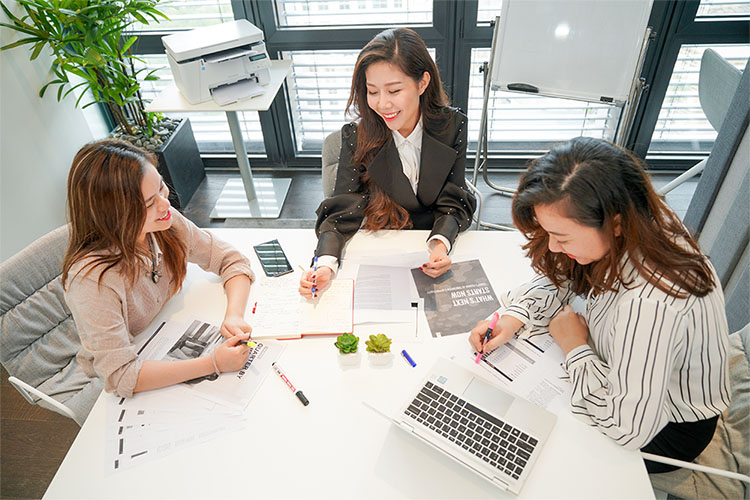 CEO trẻ Tuệ Nghi chia sẻ bài học khởi nghiệp từ những điều nhỏ nhất - Ảnh 1.