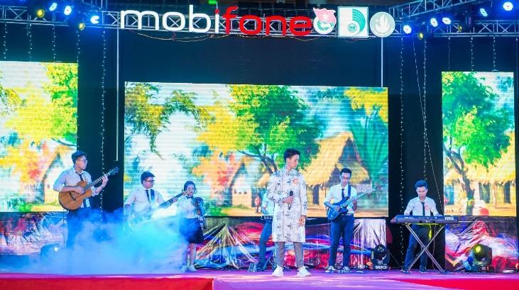 Challenge Me - sân chơi trí tuệ của MobiFone dành cho Học sinh Sinh viên - Ảnh 1.