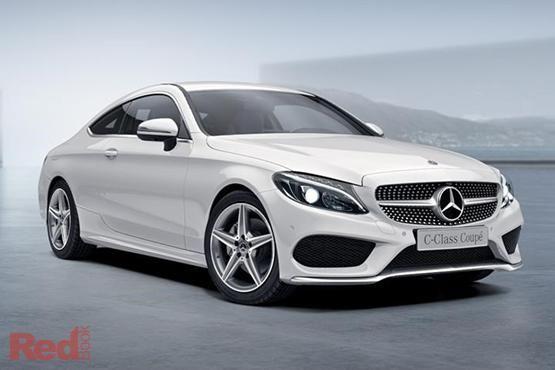 Khách hàng mua bất động sản tại Gamuda Gardens có cơ hội trúng thưởng xe ô tô Mercedes Benz C200 có giá trị lên tới 1,5 tỷ đồng.
