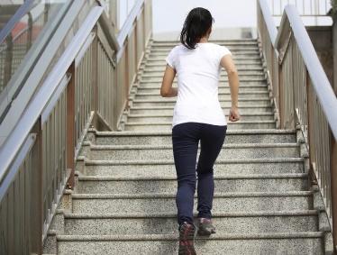 Những bài tập đơn giản mà hiệu quả bất ngờ phòng chống béo phì và đái tháo đường cho dân văn phòng - Ảnh 7.