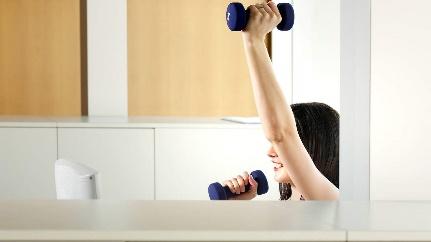 Những bài tập đơn giản mà hiệu quả bất ngờ phòng chống béo phì và đái tháo đường cho dân văn phòng - Ảnh 10.