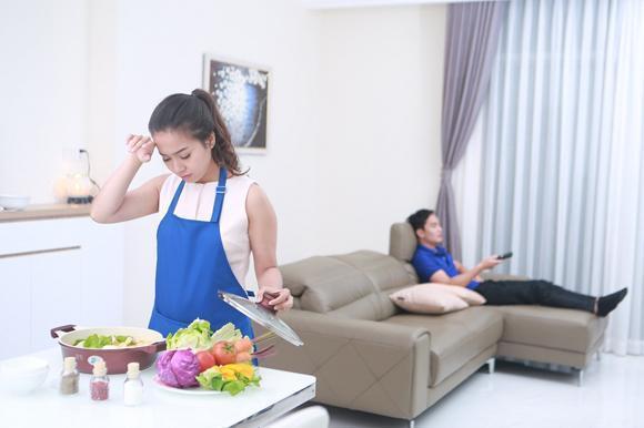 Khi các ông chồng sao việt tranh cãi vì chuyện... bếp núc - Ảnh 6.