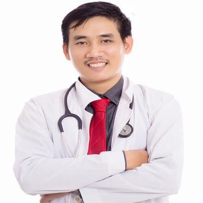 Bác sĩ Lê Trần Duy chia sẻ sự thật về phương pháp nâng mũi bọc sụn - Ảnh 2.